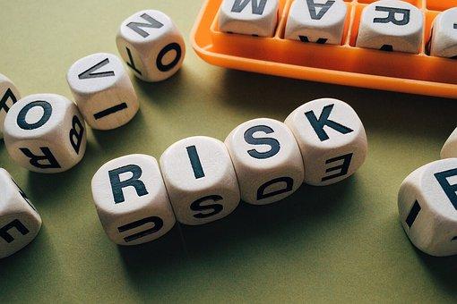輸入ビジネスによるリスクだけど対策出来るリスクタチ