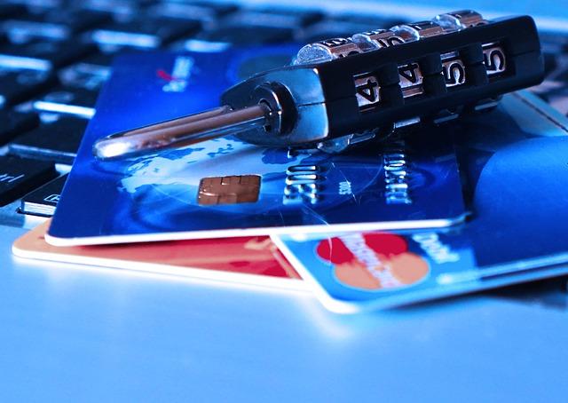 クレジットカード不正利用のリスク